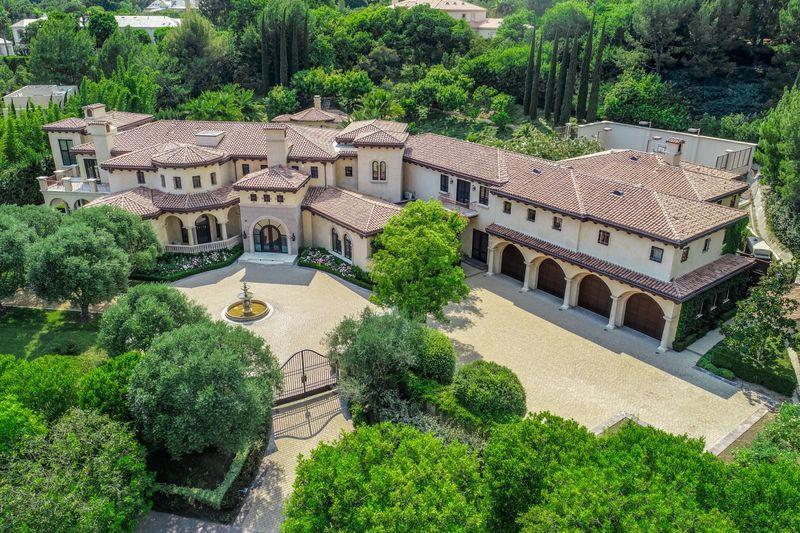 Former Barry Bonds estate purchased by Sofia Vergara, Joe Manganiello