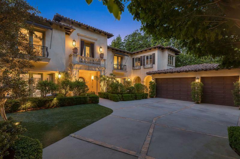 Britney Spears' former Beverly Hills home