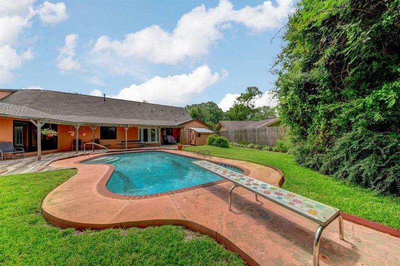 Neil Armstrong's El Lago home is for sale