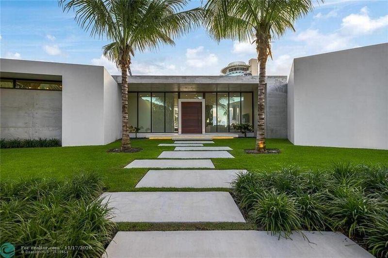 Giovani Bernard selling Fort Lauderdale home