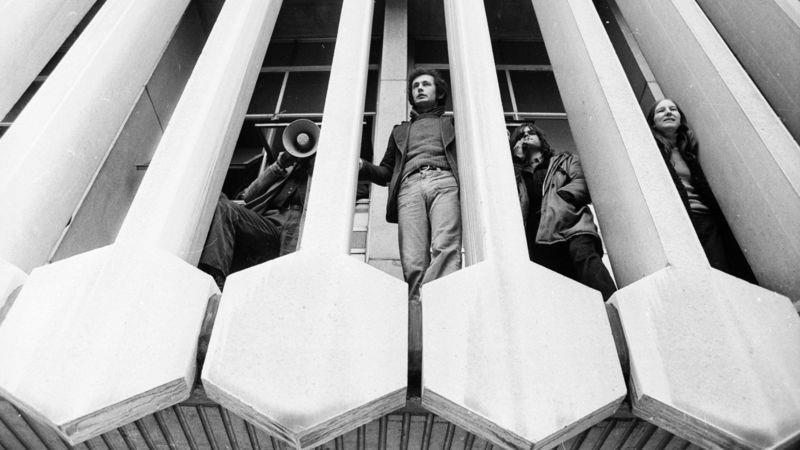 The 1973 protesters occupy the building