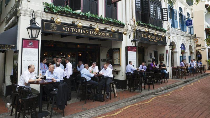 A British-style pub in Singapore, popular with city workers