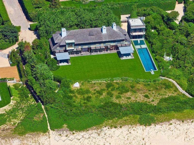 Barry Rosenstein Sells One of His Hamptons Homes