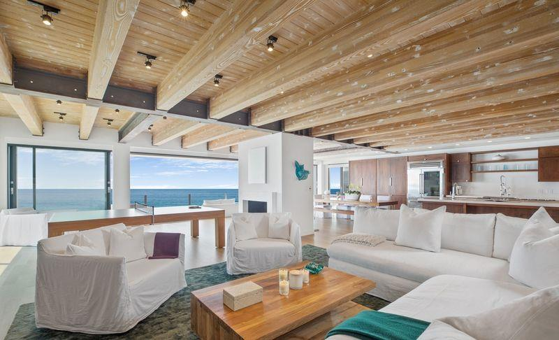 Matthew Perry lists his $14.95m Malibu beach house for sale