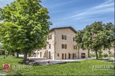 Umbria - VILLA WITH POOL FOR SALE IN UMBERTIDE, IN UMBRIA
