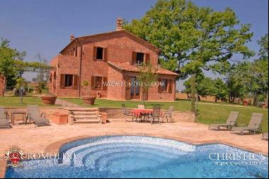 Umbria - FARMHOUSE WITH POOL CONSERVATIVE RESTORATION