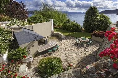 IMPRESSIVE AND ENCHANTING PROPERTY IN BARILOCHE