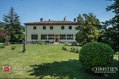 Tuscany - HISTORIC VILLA WITH POOL FOR SALE IN LUCCA