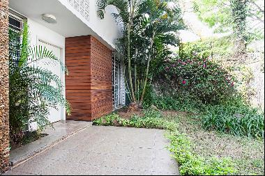 House with a Garden at an Excellent Location