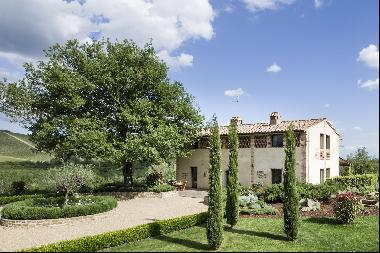 Villa Wisteria, a luxurious country home in the heart of Chianti