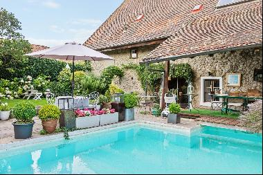 Charming village house to renovate