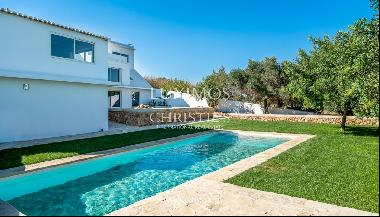 Villa for sale with pool, sea & countryside view, Loulé, Algarve