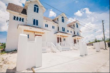 Newly Built 3 Unit, 9 Bedroom Ensuite Complex with Panoramic Views