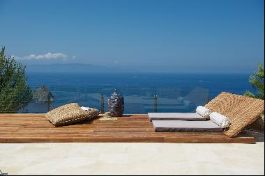 Villa Argento, modern and stunning villa with oceanfront view