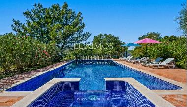 Sale of villa with pool and sea view near Silves, Algarve, Portugal