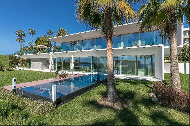 Cannes - Unique property overlooking the sea