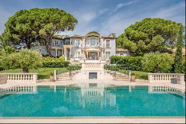 Grimaud - Domain of Beauvallon - Majestic property with sea view