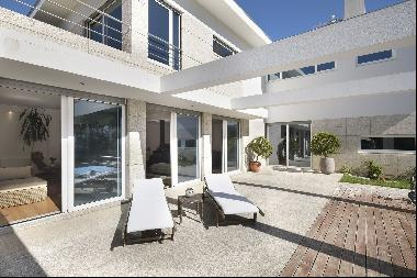 House, 5 bedrooms, for Sale