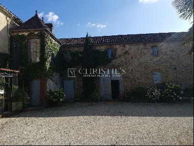 Chartreuse located 20 minutes from Aire Sur L'Adour - 1hr 40 min south of Bordeaux