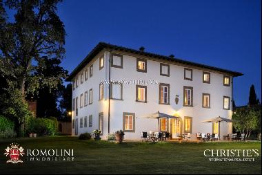 Tuscany - EXCLUSIVE 320-HA FLY-IN ESTATE FOR SALE
