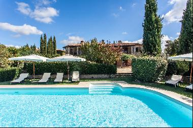 Charming farmhouse with swimming pool in the Maremma countryside