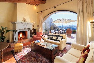 Wonderful villa in the countryside of Pisa