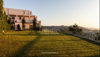 Sale of villa with swimming pool, lake and playground, Vizela, Portugal