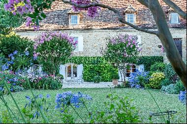 Manor house with beautiful gardens