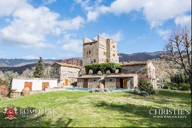 Tuscany - RESTORED MEDIEVAL TOWER FOR SALE IN CORTONA