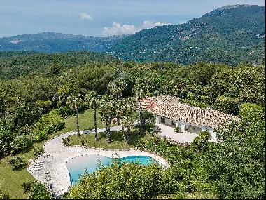 Cannes Backcountry - Wonderful property on large flat grounds