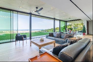 Exclusive villa with 360° views of Barcelona and surroundings