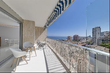 3 roomed apartment with view on sea and Principality