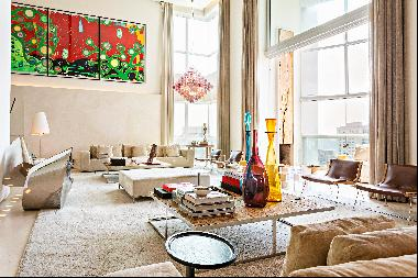 Duplex penthouse with exclusive and award-winning design
