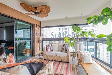 Apartment with skyline view in great location