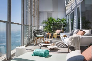Exclusive Sea Front Penthouse Duplex With a Tourist License in Barcelona