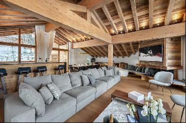 Exceptional new chalet located in the center of Courchevel Village