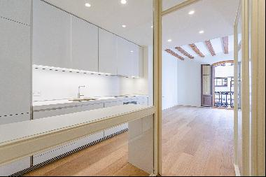 Unique new built apartments in the very heart of Barcelona, one block from P ...