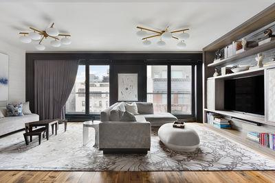 155 West 18th Street, Unit 704