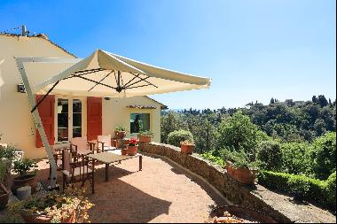 An exceptional historic property with ultimate privacy and tranquility
