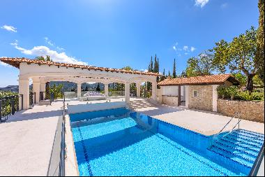 Modern country house Villa with sea and panoramic views in Establiments