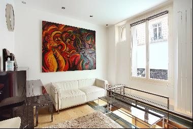 Paris 17th District – A 3-room apartment in a prime location