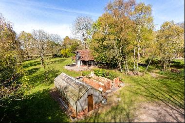 The Drive, Maresfield Park, Uckfield, East Sussex, TN22 3ER