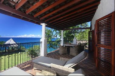 Luxurious 3-bed Villa with Stunning Sea View at Cap Maison Luxury Resort