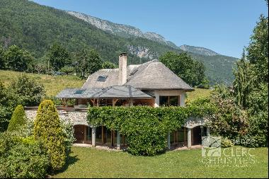 Lathuile, charming property in a quiet location
