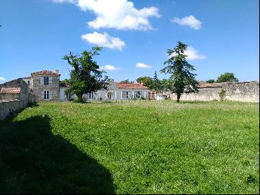 Charming and historic vineyard of 25 hectares - Great potential !