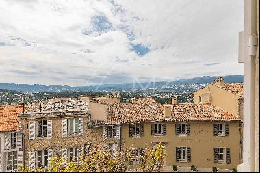 Mougins - In the heart of the village
