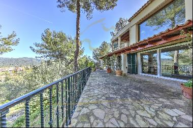 Mallorca country house on the outskirts of Es Capdellá for sale