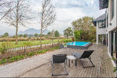Entertainers delight on Pearl Valley at Val de Vie