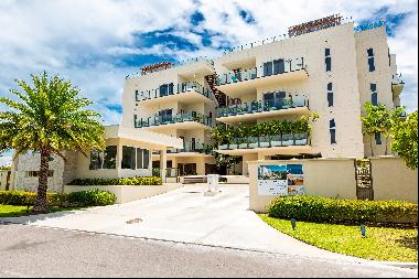 The Penthouse at Thirty Six, Paradise Island - MLS 45946
