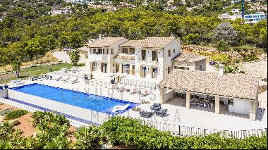 Mediterranean villa in Port Andratx with dream views and absolute privacy